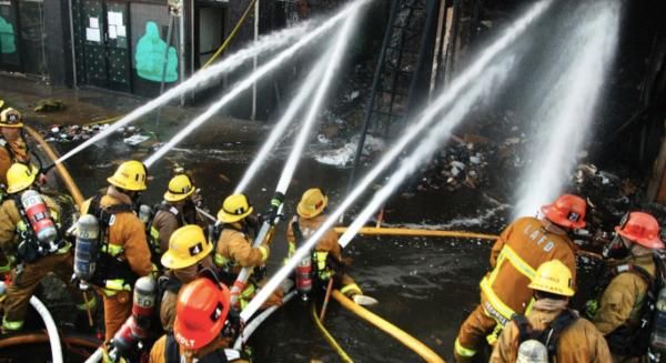 photo of Hash Oil Explosion in LA Injures 11 Firefighters and Destroys Fire Truck image